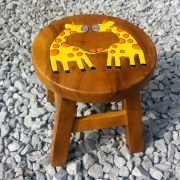 Giraffe childrens stool