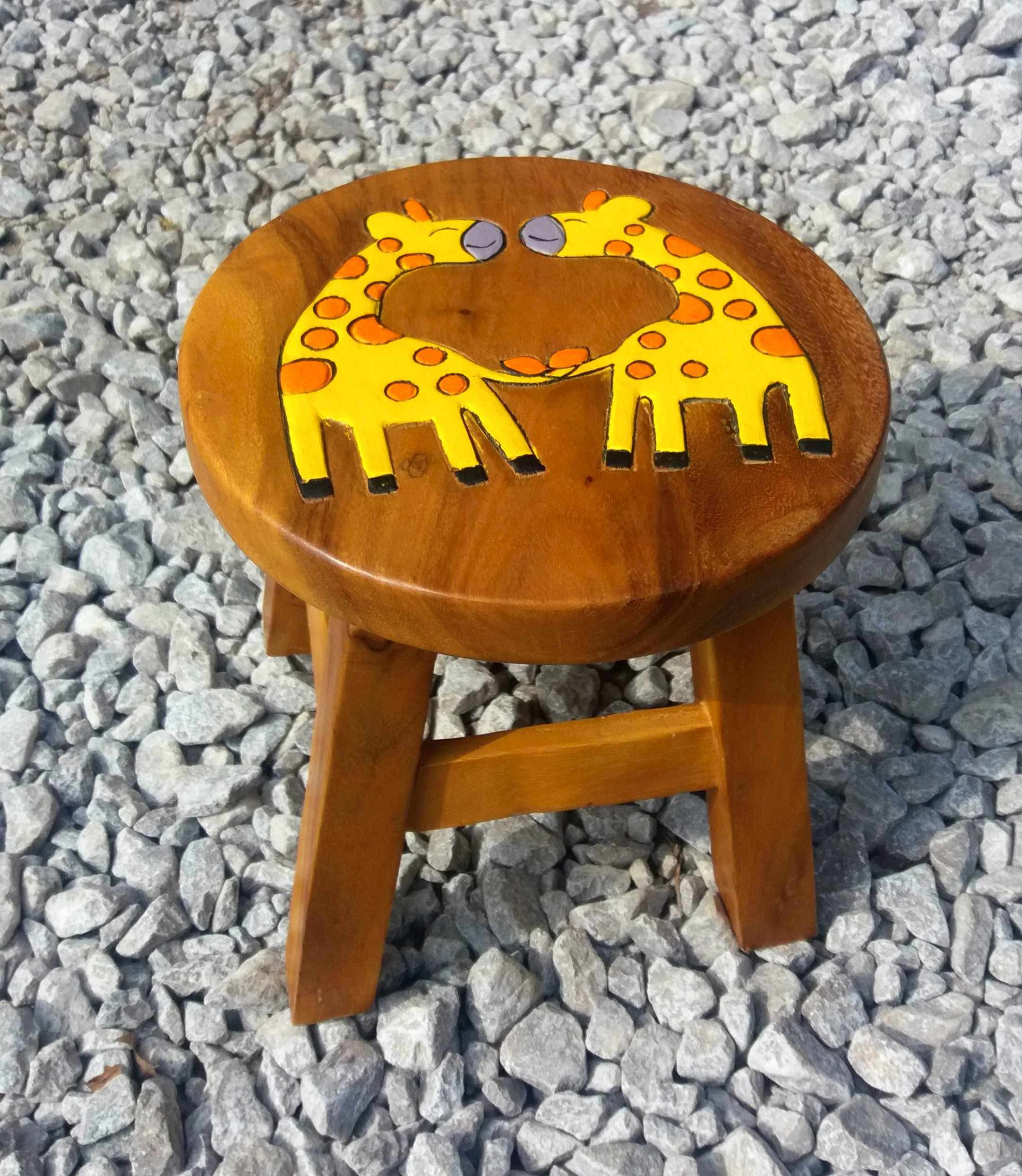 Giraffe Design NEW Chunky Hand Carved Solid Wooden Child/'s Stool