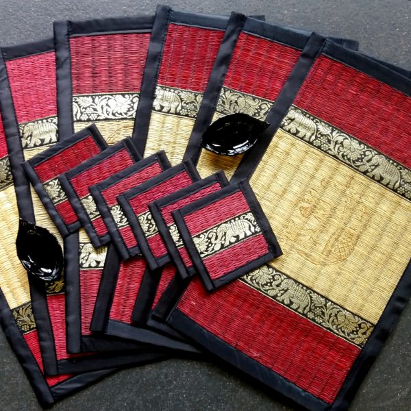 Red cream large place mats